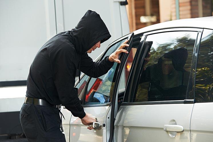 В'язниця замість штрафів: в Україні посилили відповідальність за викрадення автомобілів