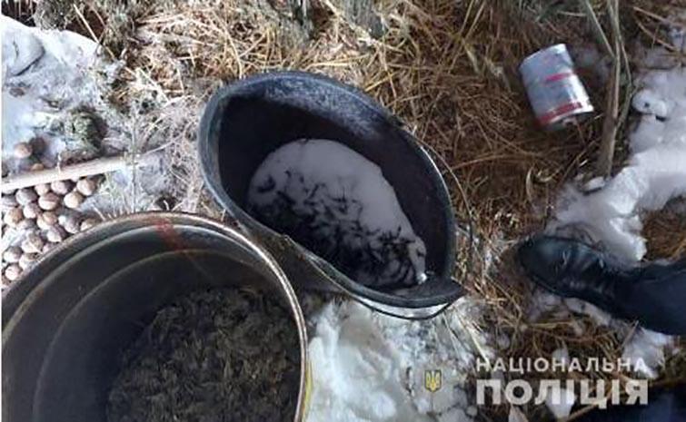 Два кілограми коноплі вилучили на Білоцерківщині у чоловіка, фото-1